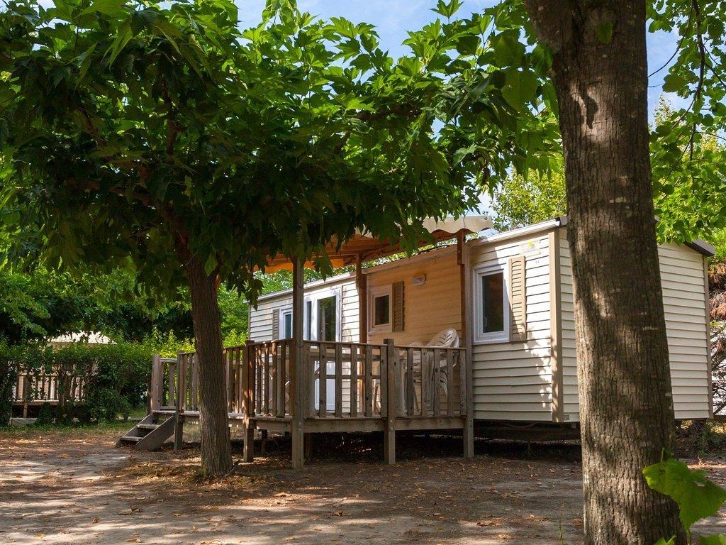 Camping Les Rives du Lubéron